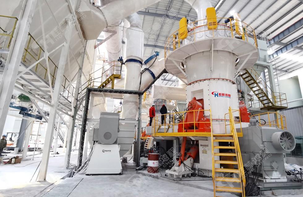 四川石棉某人造岗石厂HLMX1700碳酸钙粉超细立磨项目